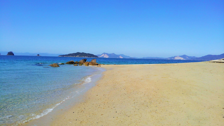 柱島の砂浜